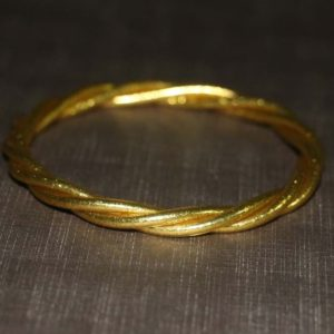 Gold Twisted Bracelet